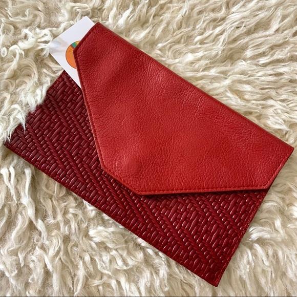 Vintage Handbags - VTG Red Leather Envelope Passport Wallet Clutch
